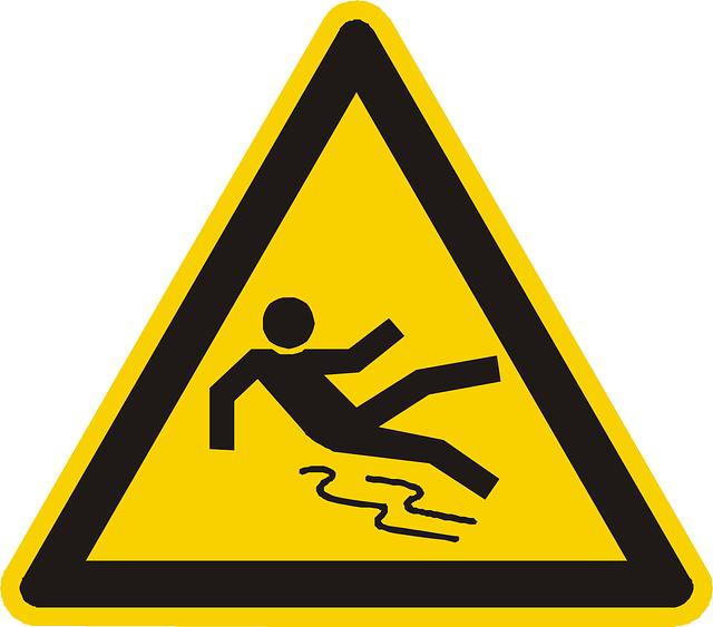slippery-floor-98671_640