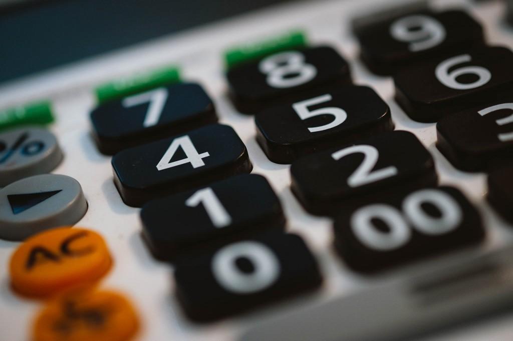 calculator-820330_1280
